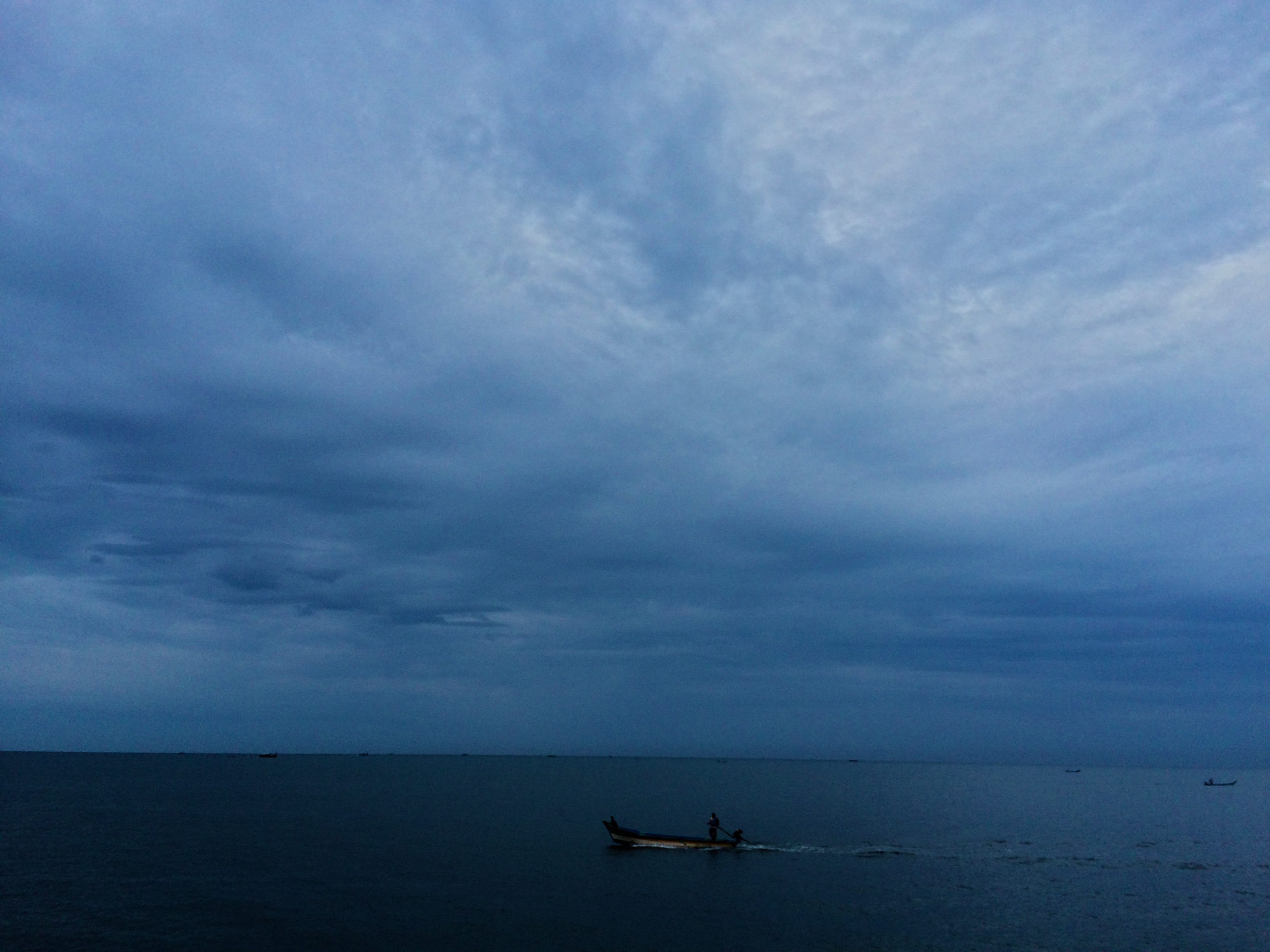 pondicherry sea and pondicherry beach on a cloudy day