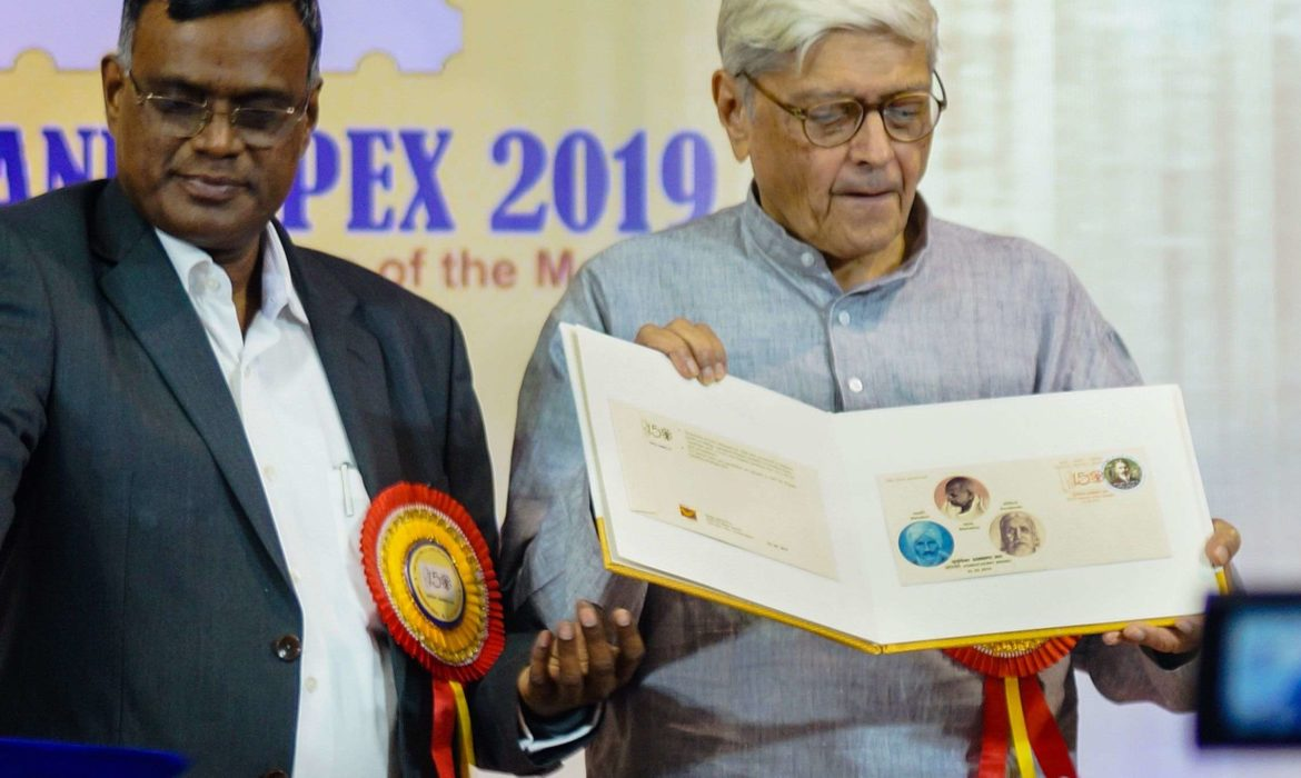 Gopalkrishna Gandhi, former Governor of West Bengal and grandson of Gandhi, releasing the special cover featuring trio if Mahatma, Mahakavi Bharathiar and Aurobindo