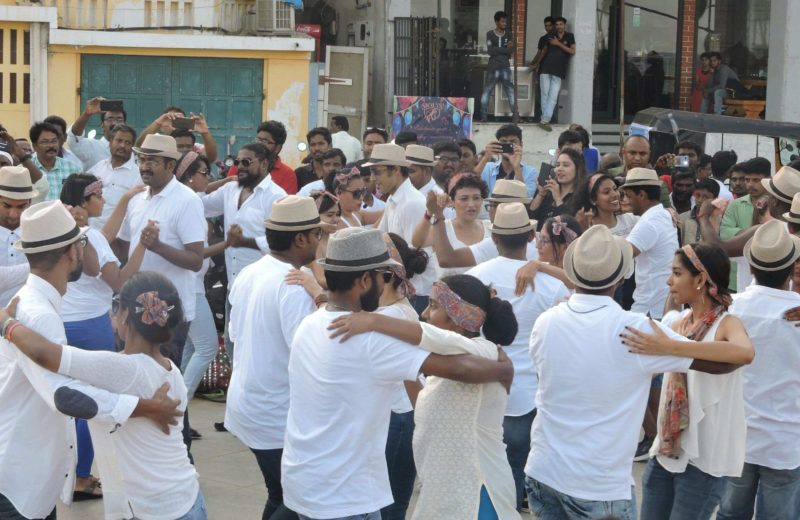 come witness the salsa flash mob by la casita at the promenade beach in pondicherry on sunday as part of Rueda de casino
