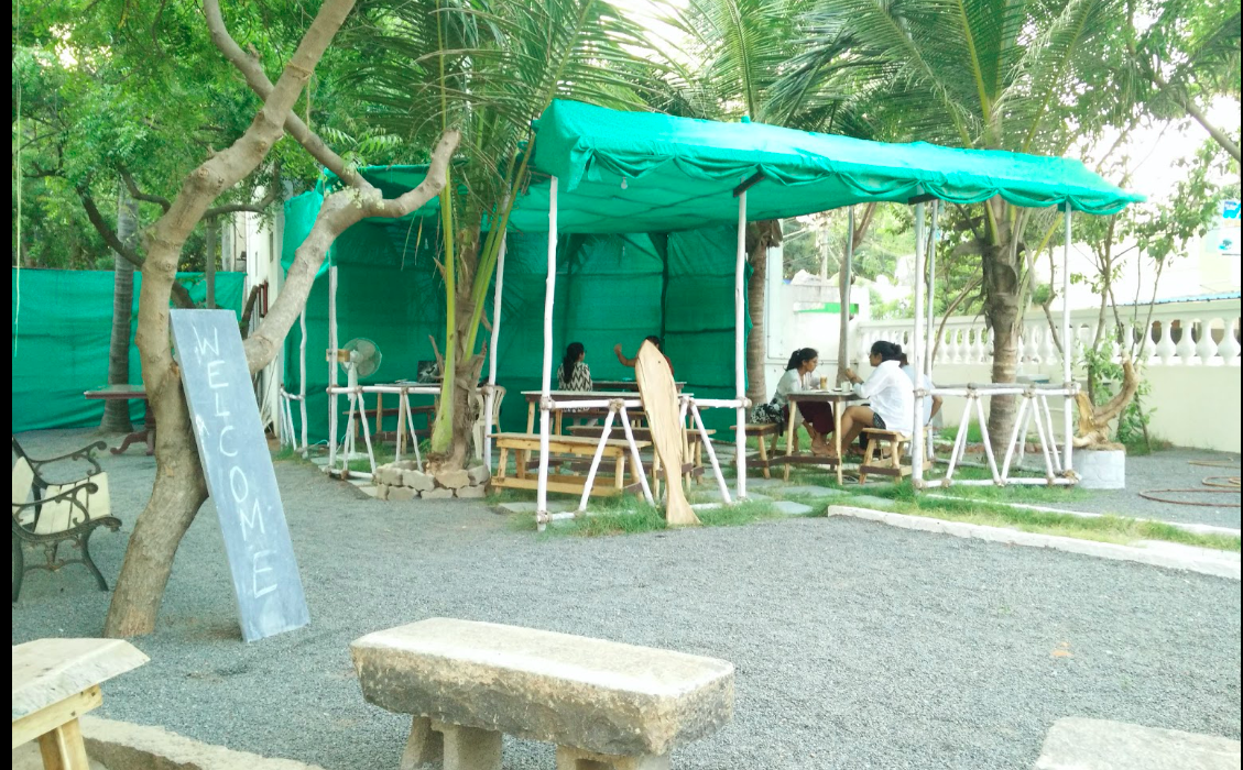 NUTSHELL CAFE AND NUTSHELL GUESTHOUSE IN PONDICHERRY GREAT FOR BREAKFASTS AT POCKET FRIENDLY RATES